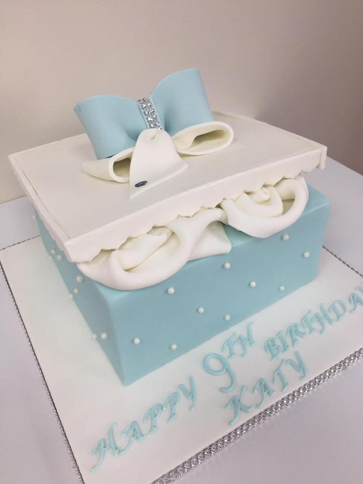 Outstanding Jojo Bow Birthday Cake Luscious Lovelies Cakes Personalised Birthday Cards Epsylily Jamesorg