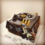 elvis-presley-record-player-novelty-birthday-cake